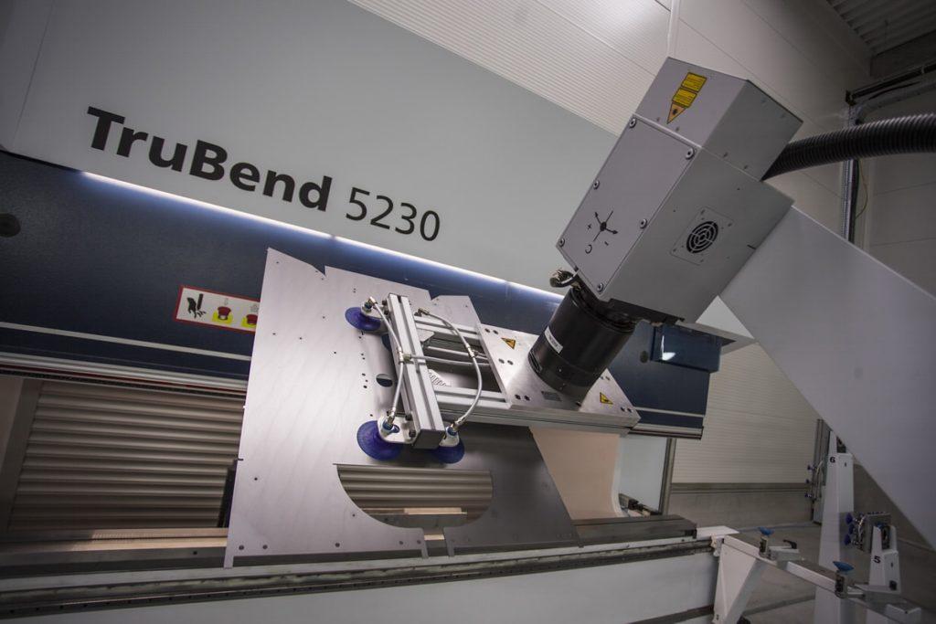 PNH hajlító robot